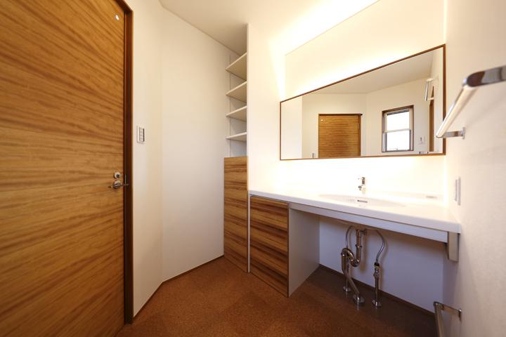 木の家 洗面室