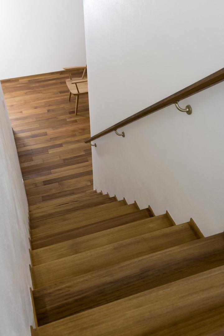 フローリング階段